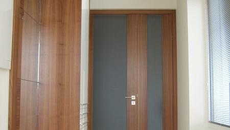 Dveře 27